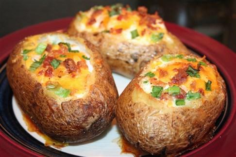 البطاطس المشوية على الطريقة التركية