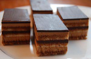 ألواح شوكولا الكاسترد