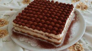حلوى تيراميسو الإيطالية
