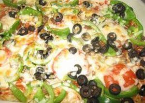 بيتزا المعكرونة بالجبن