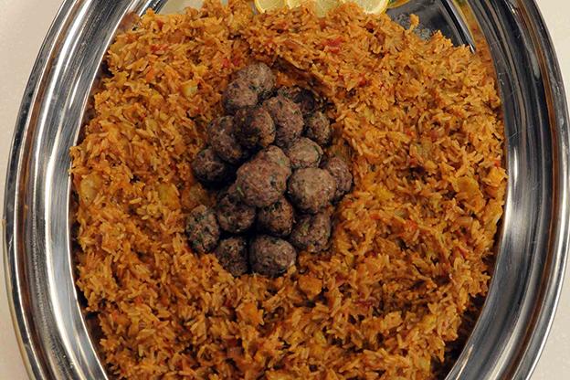 أرز السلطان بالباذنجان واللحم