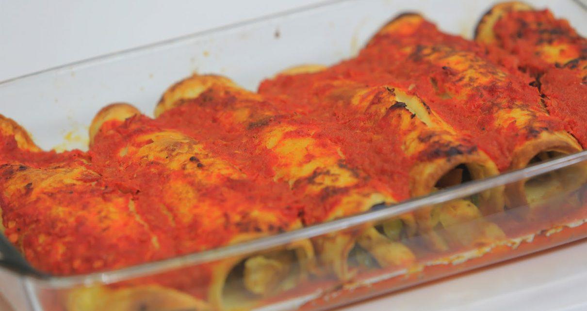 الكانيلوني بصلصة الطماطم