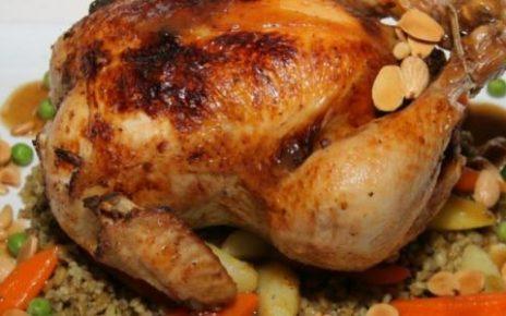 الدجاج المحشي بالخضار والأرز