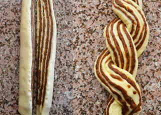 الخبز بحشوة التمر