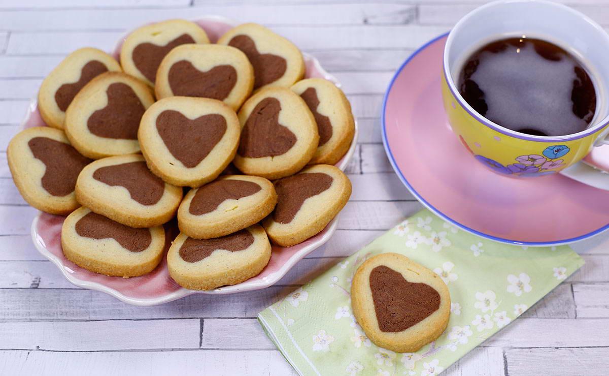 قلوب السكر الهشة