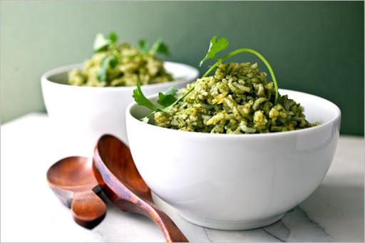 الأرز الأخضر بالكرفس