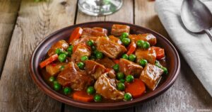 صينية اللحم بالخضروات